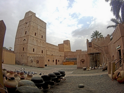 Al Kamil Wal Wafi which is located in the South Eastern Province – has attractive attractions that enable it to occupy its tourist site and attract many tourists. 5